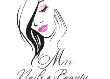 Mm Nails & Beauty // Logo