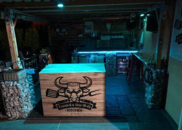 Alu Verbundplatte // TomMi's Bar-B-Q Kitchen